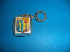 Porte-Clefs Blason De La Ville De Villerupt  54, Offert Par L'Union Des Commerçants De Villerupt . - Key-rings