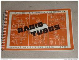 Rare Ancien Livre Catalogue RADIO TUBES Lampes Transistors - Literature & Schemes