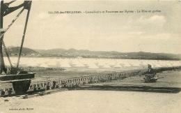 SALIN DES PESQUIERS CRISTALLOIRS ET PANORAMA SUR HYERES  COMMUNE DE HYERES - Hyeres
