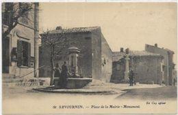13. SAVOURNIN.   PLACE DE LA MAIRIE MONUMENT - Altri Comuni
