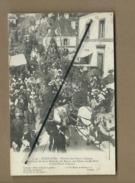 CPA  Souple- Pont Aven -Pardon Des Fleurs D'Ajoncs -Les Chars De Leurs Majestés,les Reines Des Fleurs De Blé Noir..etc.. - Pont Aven
