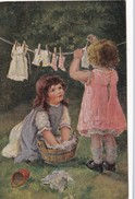 CPA Enfants Fillettes étandant Du Linge Lessive Style Viennoise Fantaisie Illustrateur (2 Scans) - Children