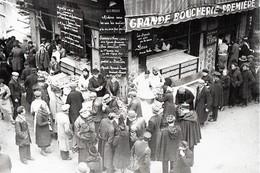 WW2 - La Queue Pour Une Distribution De Soupe à Paris En 1941 - 1939-45