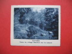 Chromo Image Vignette  Guyane - Cases Du Village - Decision Sur Le Lézard - 6.5 X 7.5 Cm - Chromos