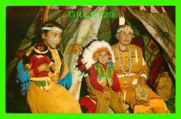 INDIENS - GRAND MAMAN AVEC SES PETITS ENFANTS - WORLD WIDE SALES AGENCIES LTD - - Indiens De L'Amerique Du Nord