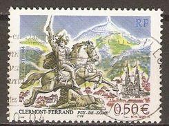 FRANCE    -    2004  .  Y&T N° 3656 Oblitéré Cachet Rond.   Clermont-Ferrand  /  Vercingétorix à Cheval - Usati
