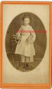 CDV Remise De Prix-école-bonne élève-enfant Endimanchée-photographe Anonyme Vers 1880 - Photographs