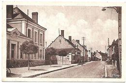 CP 851  CPSM De Couffy (41) La Mairie - France
