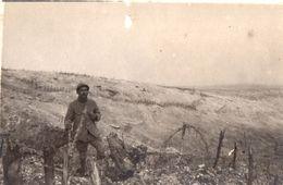 PHOTO FRANÇAISE  FLANC EST COMPLÈTEMENT BOULEVERSÉ DU MONT HAUT PRES DE MORONVILLIERS MONTS DE CHAMPAGNE MARNE 1914 1918 - 1914-18