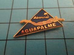 Pin912d  Pin's Pins / Rare , Belle Qualité NATATION / MARINA AGUAPALME NAGE AVEC PALMES - Swimming