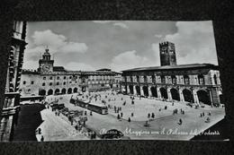 920- Bologna, Piazza Maggiore Con Il Palazzo Del Podestà / Autos / Cars - Bologna