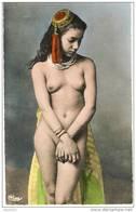NUE -  N18 - Mujeres