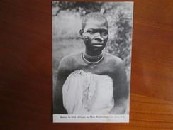MISSION DU SHIRE DES PERES MONTFORTAINS .   UNE JEUNE FILLE . SCARIFICATION - Congo - Kinshasa (ex Zaire)