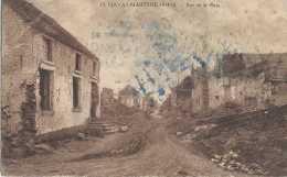Havay-Martyre - 1914-1918 - Rue De La Place - Pas Circulé - Etat Moyen - Quévy - Quévy