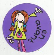 Cp Ronde , Diam. 15 Cms ,Round Postcard , 1997 , Santoro Graphics , Bang On The Door , 2 Scans,  R176 EN AVANT - Other Illustrators