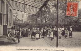 PARIS 17EME - Institutio Jeanne D'Arc, 94, Evenue De Villiers : Rentrée En Classe - Distrito: 17