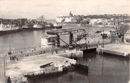 76 - DIEPPE - Le Port Et Le Nouveau Pont - Dieppe
