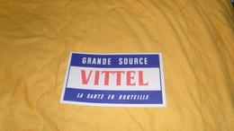 BUVARD ANCIEN DATE ?. / GRANDE SOURCE VITTEL LA SANTE EN BOUTEILLE. - Blotters