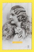 Carte Fantaisie FEMME Thème Mode - CHEVEUX COIFFURE Fourrure - Edit P C Paris 3896 - Rose - Femmes