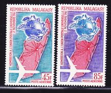 MADAGASCAR AERIENS N°   93 & 94 ** MNH Neufs Sans Charnière, Insectes, TB  (D1505) - Madagascar (1960-...)