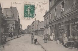 PUTEAUX - Rue De La République - Les Ecoles - - Puteaux