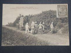 MADAGASCAR - Camp D'Ambre , Le Général Se Rendant Au Jardin Du Pavillon Des Officiers , Cp Voyagé - L 10018 - Madagascar