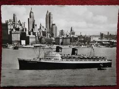 "SHIP - BOAT / ""HANSEATIC"" IN NEW YORK CITY / 1960 - Bateaux"