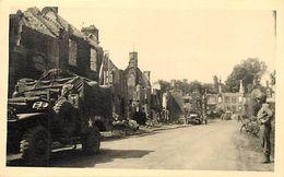 Themes Div -ref  V222- Photo Support Rigide -13,5cms X 8,5cms - Guerre 1939-45- Saint Lo - St Lo - Manche  - - Lieux
