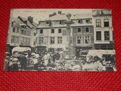 NAMUR -    Le Marché  -1910 - Namur