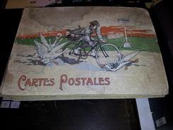 ALBUM FAMILIAL - Jolie Couverture Illustré D'un Facteur Cycliste - 309 Cpa France Majoritairement Quelques étrangères - 100 - 499 Cartoline