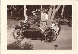 PROMENADE EN FAMILLE EN SIDE-CAR    9X,6,5CM - Fotos