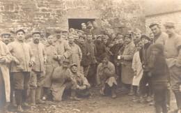 WWI Manche Chalandrey Groupe D'Hommes Et Enfants Ancienne Carte Photo 1916 - War, Military