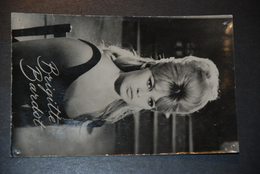 Brigitte BARDOT - Mujeres Famosas