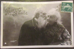 CPA Fantaisie - Couple De Personnes Agées - Heureuse Année - Stebbing Photo - Circulée En 1908 - VBC Série N°3271 - Couples