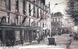(33) Bordeaux - Place Dauphine Et Cours De L'Intendance Pendant Les Fêtes De La Victoire - Bordeaux