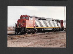 TRAINS - TRIAGE TASCHEREAU MONTRÉAL - QUÉBEC - LOCOMOTIVE 2417 (DASH 8-40CM) DU CANADIEN NATIONAL - 10x15 Cm - Trains
