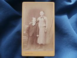 CDV Photo Herbert à Beauvais - Frère Et Soeur, Fin Second Empire Circa 1870 L340 (1) - Foto