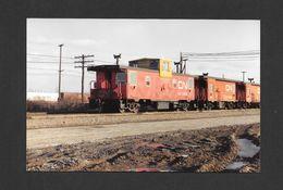 TRAINS - PARSLEY MONTRÉAL - QUÉBEC - FOURGON DE QUEUE EN ATTENTE - 10x15 Cm - Trains