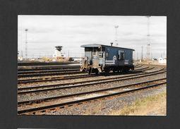 TRAINS - CÔTE ST LUC - QUÉBEC - FOURGON DE QUEUE DU CONRAIL - 10x15 Cm - Trains
