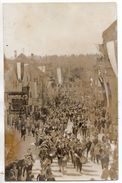 Carte Photo - 1933 - Weissenburg -  Parade , Drapeaux Nazis - Weissenburg