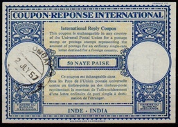 INDE / INDIA London Type XVIn  50 NAYE PAISE  International Reply Coupon Reponse Antwortschein IRC IAS O BOMBAY 2.7.57 - Briefe
