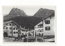 18350 - Dorfpartie In Schuls Attelage Vache Fontaine  (format 10X15) - GR Grisons