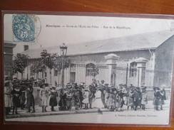 Montlucon ; Sortie De L Ecole Des Filles , Rue De La Republique - Montlucon