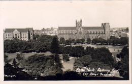 SYDNEY  (N.S.W)   Hyde Park St Mary's Basilica  ( Real Photo ) - Sydney