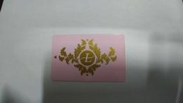 United Kingdom-hotal Key-(185)-the Langham-hotel-(looking Out Side)-used+1card Prepiad Free - Hotel Keycards