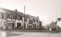 Cpsm 58  CHANTENAY-SAINT-IMBERT Rue De La Gare, Commerces: Pharmacie , Coiffeur, Automobile Traction Citroën, Dos Vierge - France