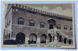 TREVISO PIAZZA INDIPENDENZA PALAZZO E SCALONE DEII TRECENTO  VIAGGIATA FP - Treviso