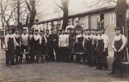 AK Foto Gruppe Deutsche Soldaten Beim Waffenreinigen - 1914 (31622) - Guerra 1914-18
