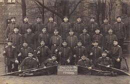 AK Foto Gruppe Deutsche Soldaten Mit Gewehren - Kriegs-Jahr 1914/15 - 4a Korp. I. Rekr. Dep. E 86 Flensburg (31631) - Guerra 1914-18