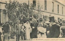 MONTREUIL  LA ROSIERE DEPART POUR LA MAIRIE  EDITION GONDRY - Montreuil